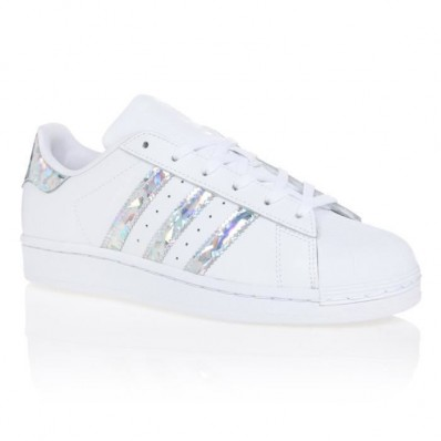 chaussure adidas feme