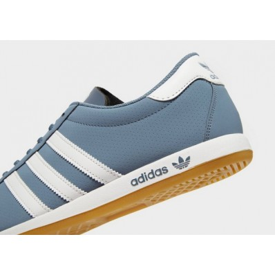 the sneaker adidas