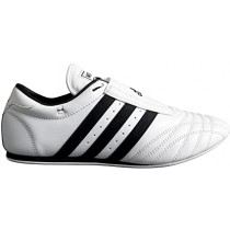 chaussure classique adidas